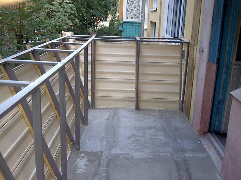 Утеплить балкон с выносом..